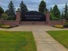 Sign for Oregon State University at Corvallis campus entrance